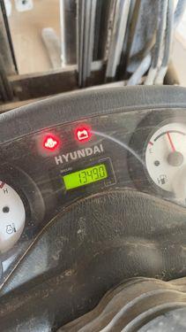 Hyundai 30D-7E