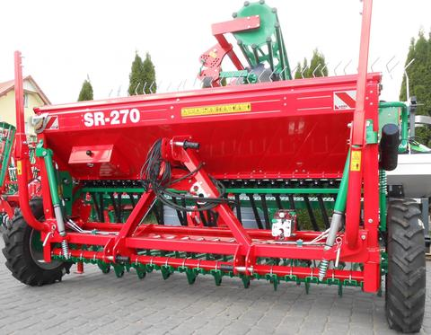 AGRO-MASZ Drillmaschine/ Seed drill/ Siewnik rzędowy SR-27
