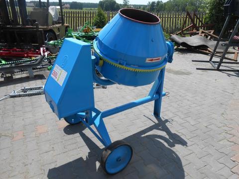 Agro-Wikt Betonmischer/ Concrete mixer/ Betoniarka BWA150