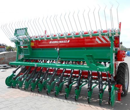AGRO-MASZ Drillmaschine/ Seed drill/ Siewnik rzędowy SR-30