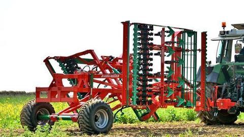 AGRO-MASZ Agregat uprawowy ciężki AUC 40H