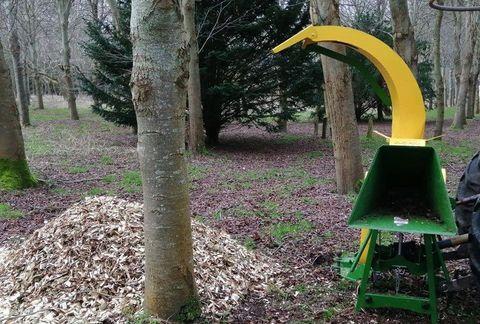 Pozostałe Holzschredder füt Traktor R-16 NEU