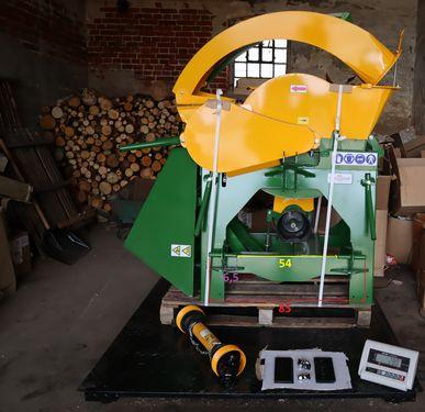 Pozostałe Holzschredder füt Traktor R-16