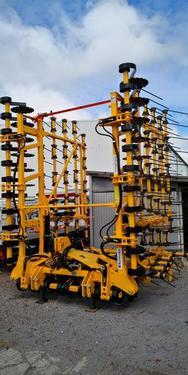Strohstriegel Spring Expert 9m hydraulisch