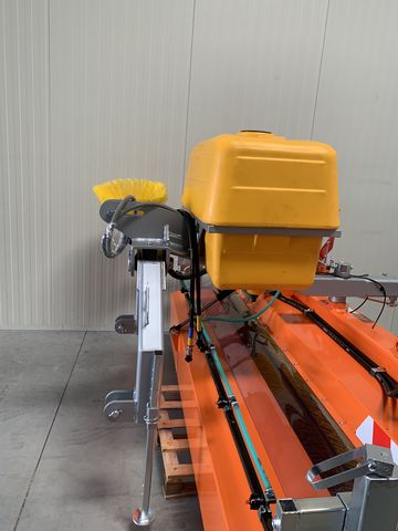 Agrometall Kehrmaschine SW-T 2500