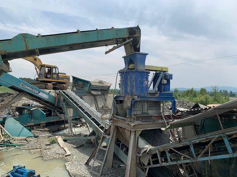 Aztech Vertikaler Hammerbrecher KM-PI-800