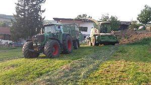Hächseln mit Fendt 924,Brantner 18 tonner und Krone Big X V8