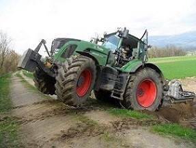 Steinfräse traktor