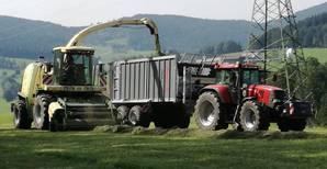 Gras Ernte mit Krone BigX V8