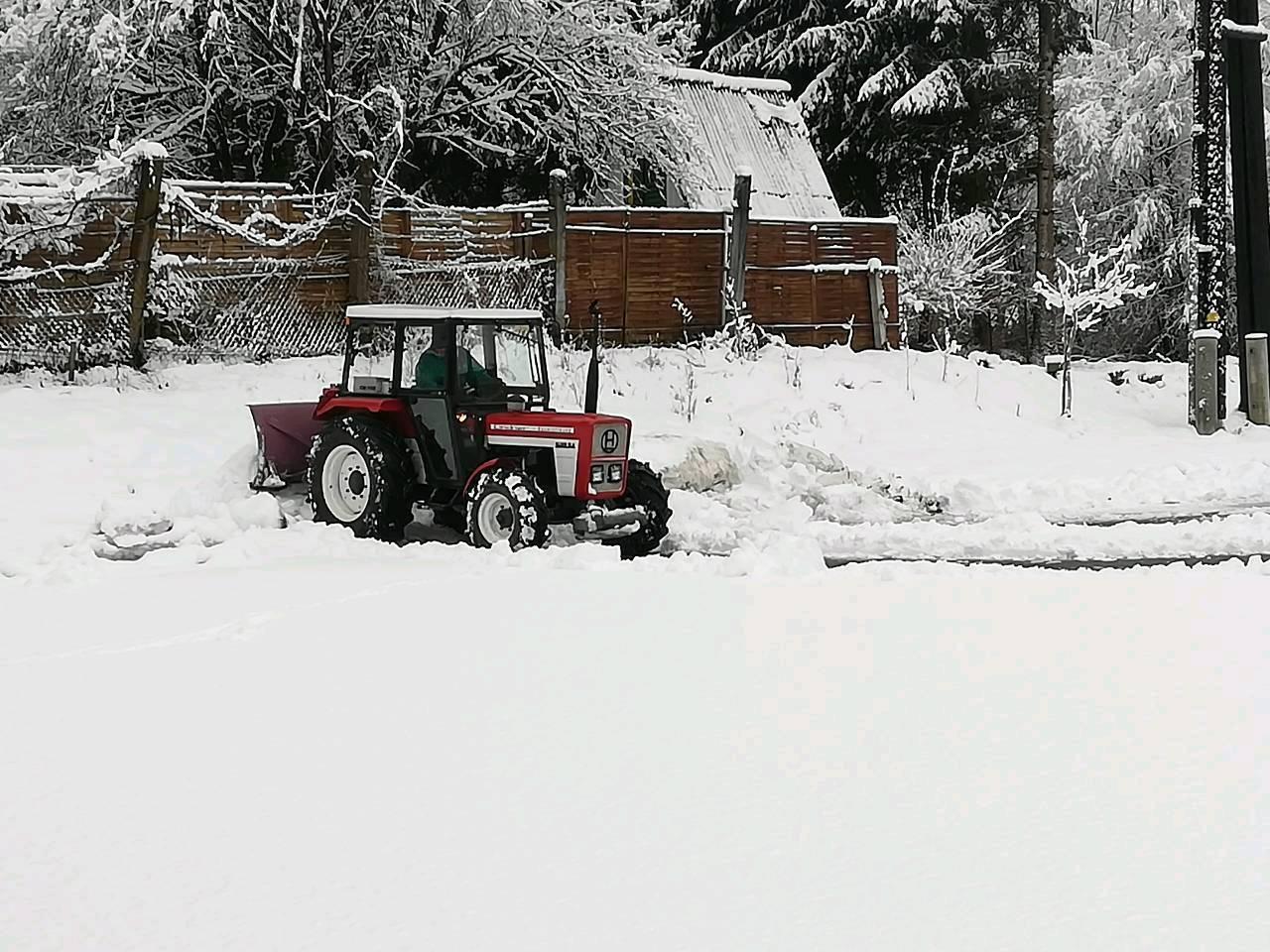 Lindner 520 SA im Winterdienst