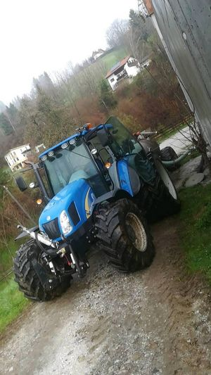 T5060 New Holland