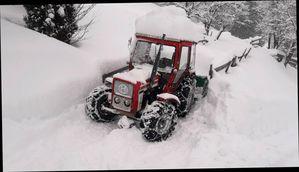 Schneereicher Arbeitstag mit Lindner 520