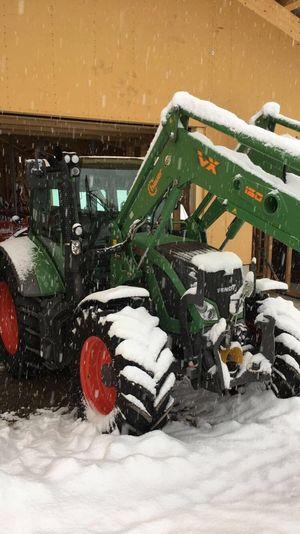 Fendt 512 Vario im Schnee