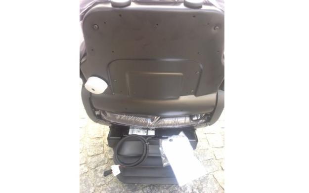 Grammer MSG 95G/721 luftgefederter Komfortsitz
