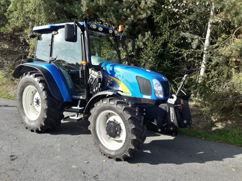 New Holland T5030